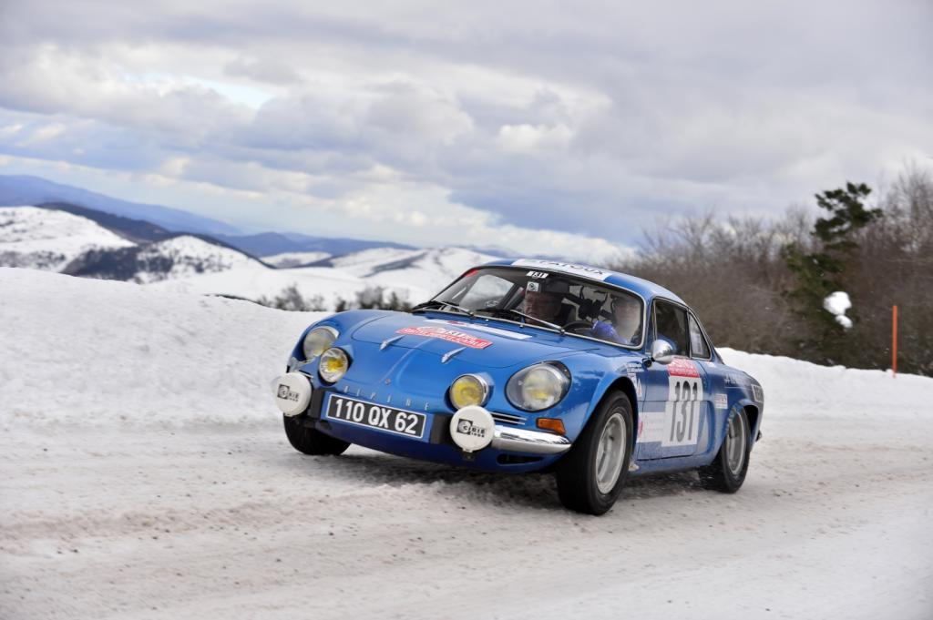 philippe termine 149e du rallye monte carlo historique avec sa renault alpine aux couleurs de la. Black Bedroom Furniture Sets. Home Design Ideas